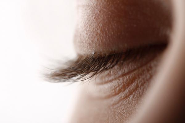hogyan lehet eltávolítani a szem alatti papillómát